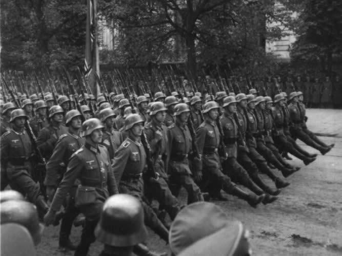 """A Wehrmacht már 1940-ben megszállta volna Magyarországot – """"Ha Magyarország nem áll be a sorba, protektorátusi státuszt fog kapni."""" Berlin, 1940. május 26."""