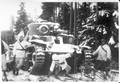 """""""Az egész világ figyelme a finn csatatérre irányul"""""""