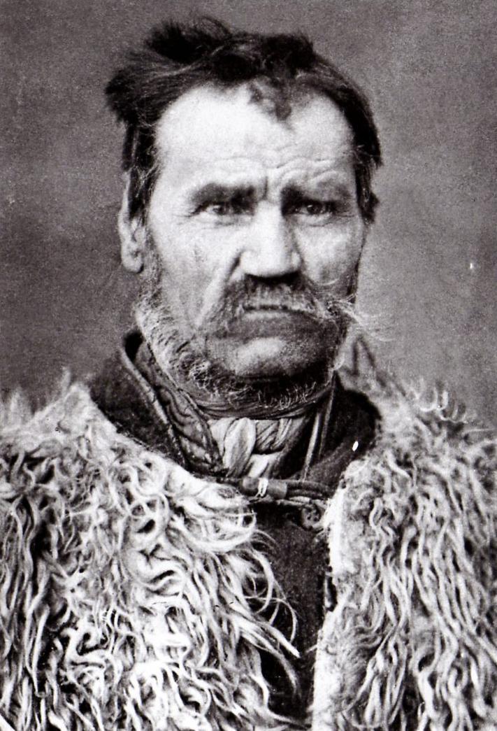 """Csonka Ferenc: """"2-300 forintért az istent is meg lehetne ölni."""" (Szentesi 2006, 123.o.)"""