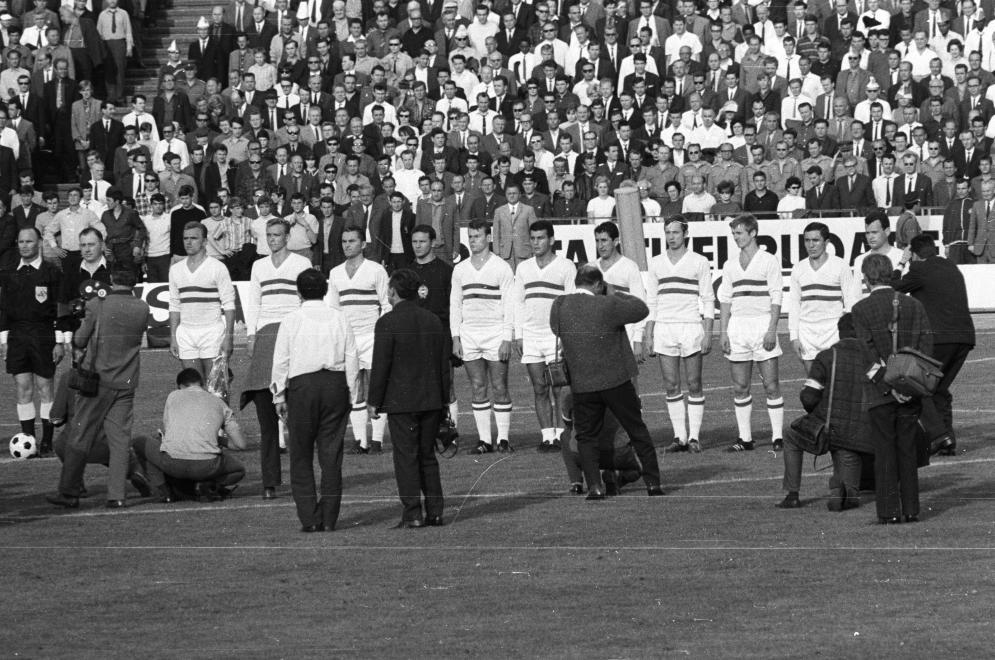 győztes magyar csapat: Mészöly, Solymosi, Ihász, Fatér, Szűcs, Farkas, Göröcs, Fazekas, Varga, Rákosi, Novák. (Fortepan 50358)
