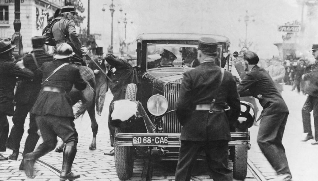 Gyilkosság a kamera előtt – Merénylet Marseill-ben I.