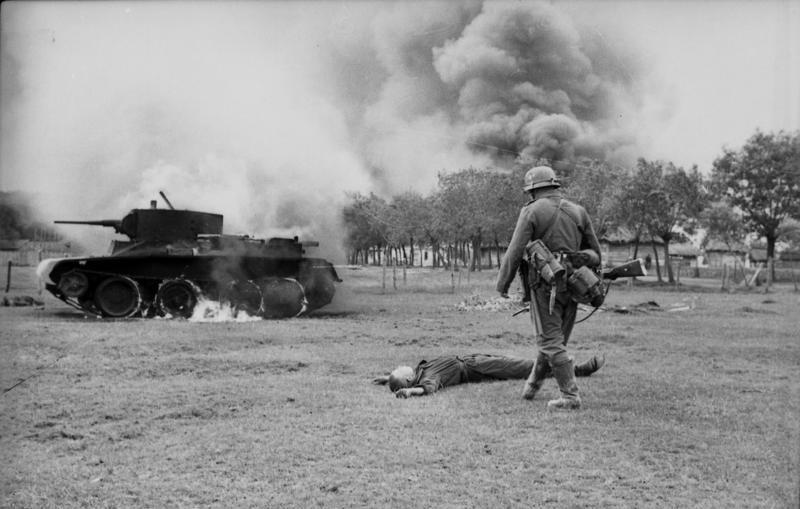 """""""Inkább ésszel dolgoztak, mint erővel"""" – a német páncélos erők 1941. nyári sikereinek okai a Szovjetunióban"""