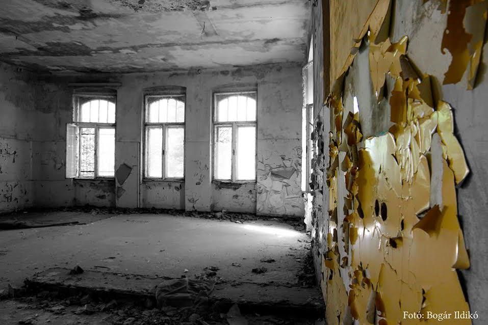 A volt bányakórház egyik kórterme 2012-ben (forrás: Bogár Ildikó)