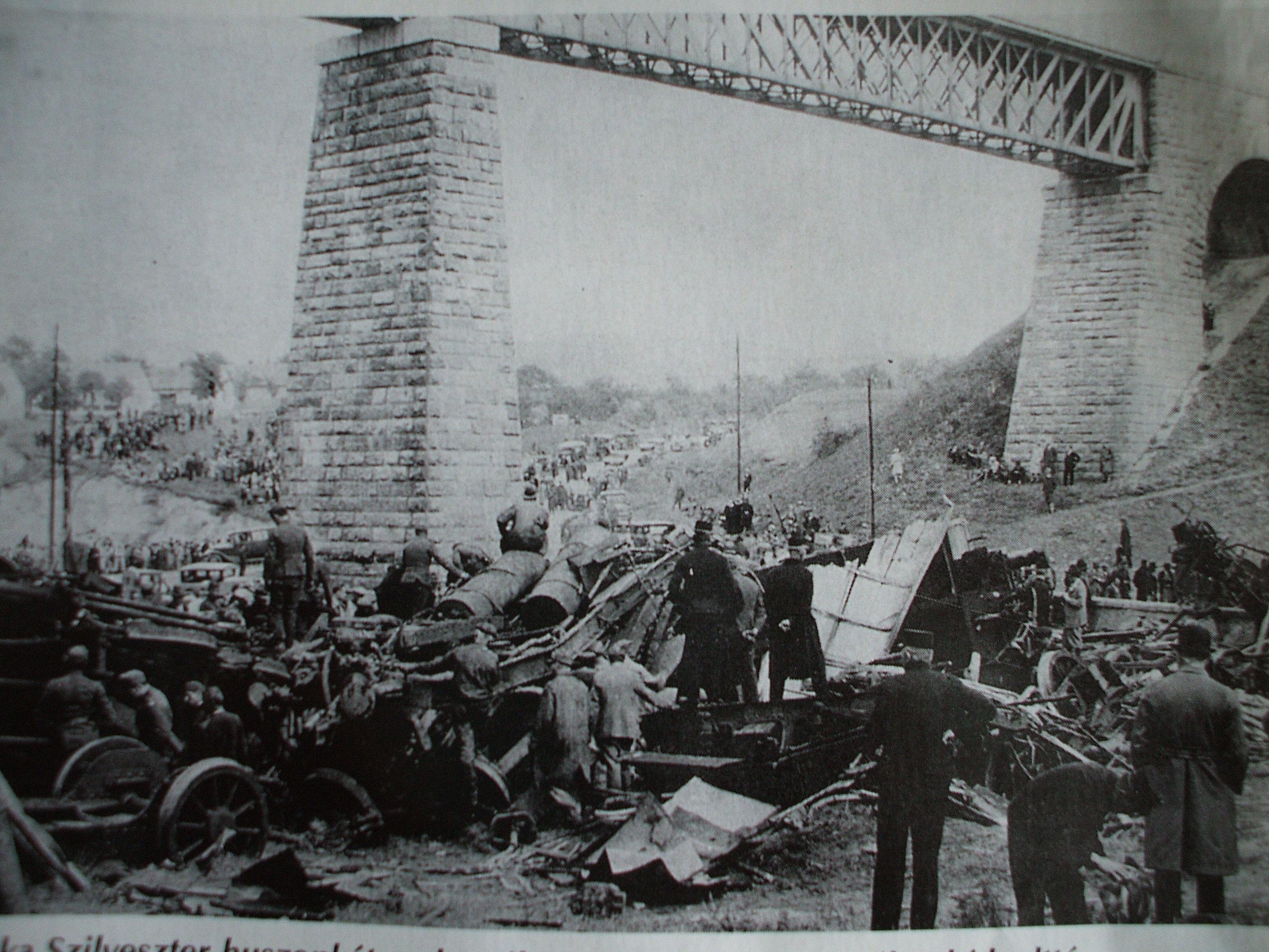 """A budapesti rendőrség """"gyilkos-autója"""" – Bűnügyi helyszínelés négy keréken a Horthy-korszakban"""