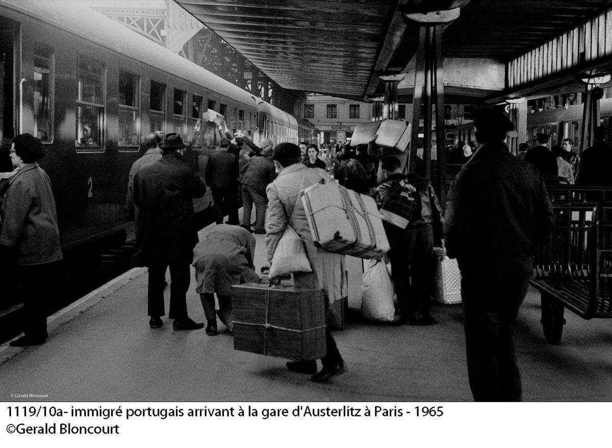 Portugál bevándorlók a párizsi pályaudvaron Forrás: Gerald Bloncourt/bloncourtblog.net