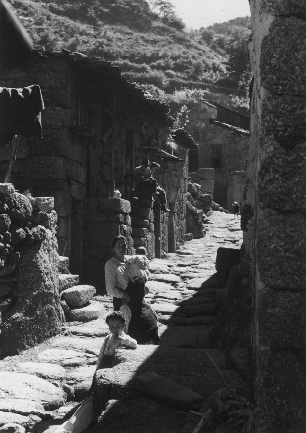Vidéki élet Portugál középső-keleti részén (Beira interior) az 1950-es években Forrás: Artur Pastor/Tumblr