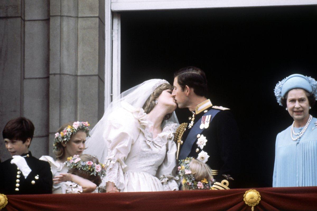 1981-ben 600 000 ember követte figyelemmel Diana és Charles esküvőjét London utcáin.