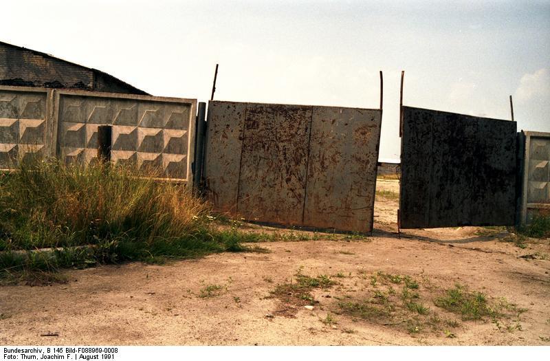 Egykori szovjet laktanya a kiürítés után Stendalban, Szászország-Anhalt tartományban. (Kép forrása: Bundesarchiv)