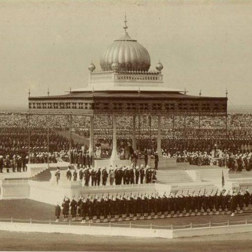 """Az """"iszákos"""" V. György második látogatása Indiában: Az 1911-es koronázó durbár"""