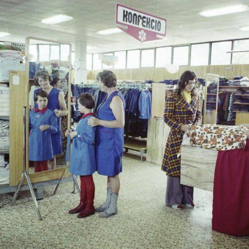 Az iskolaköpeny a szocialista időszakban