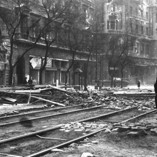 """""""Az utolsó csepp vérig"""" – Harcok a Lenin körúton az 1956-os forradalom idején"""