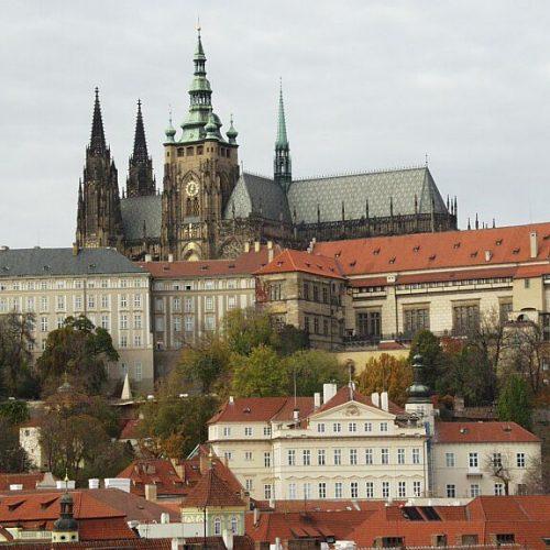 """""""Tudom, hogy a cseh miért eretnek"""" – egy diplomáciai akció a XV. századból"""