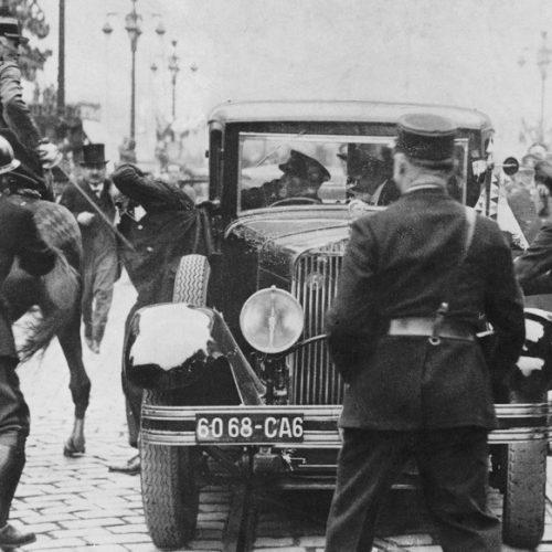 Gyilkosság a kamera előtt – Merénylet Marseille-ben I.
