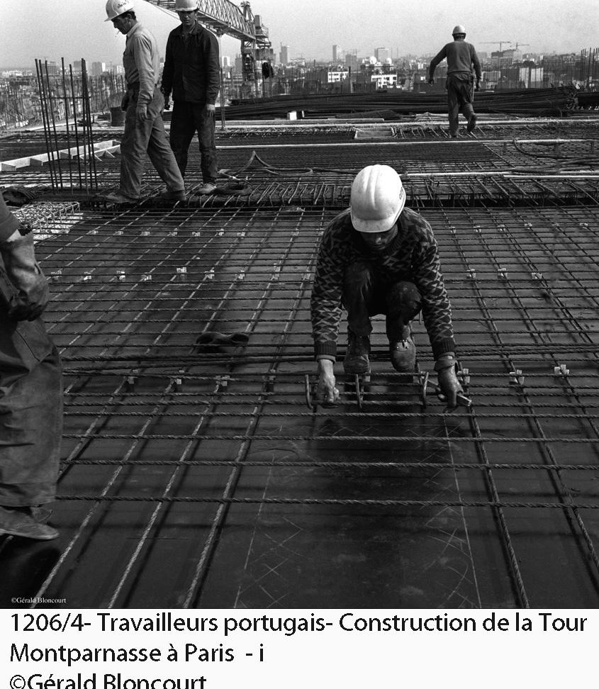 Építkezésen dolgozó portugálok Forrás: Gerald Bloncourt/bloncourtblog.net