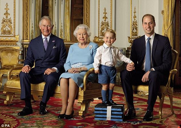 Károly walesi herceg, II. Erzsébet királynő, György herceg és Vilmos cambridge-i herceg 2016-ban. Forrás: PA Images