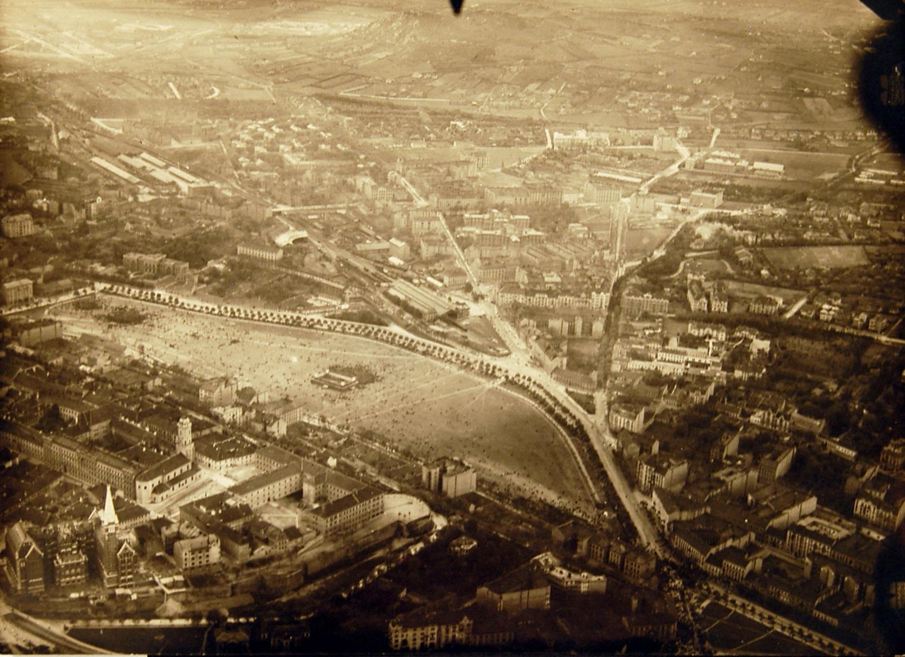 Vérmező, 1919. május 1. Magyar Műszaki és Közlekedési Múzeum, Történeti Fényképarchívum, 4531