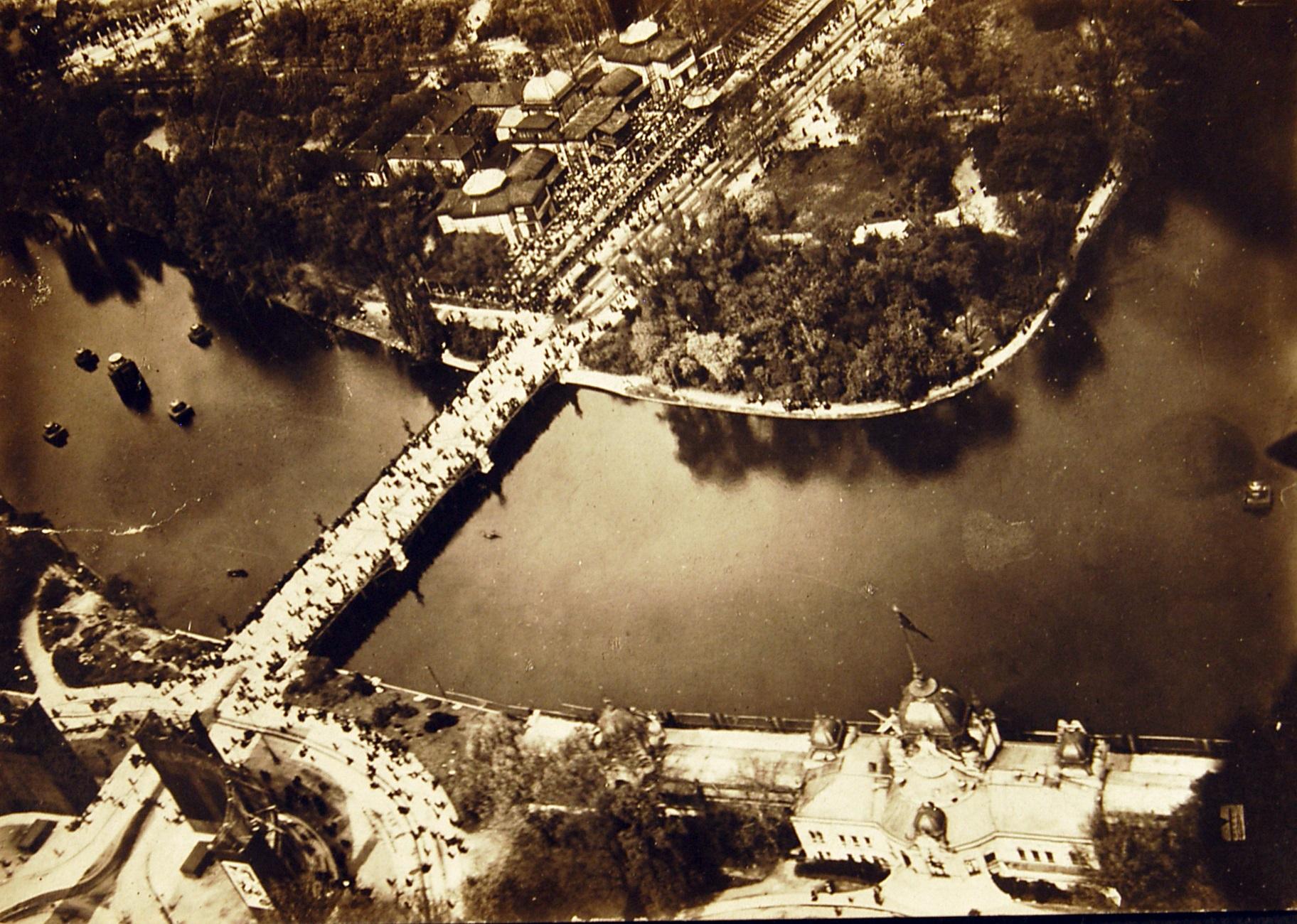 1919. május 1. a Városligetben. Magyar Műszaki és Közlekedési Múzeum, Történeti Fényképarchívum, 4533
