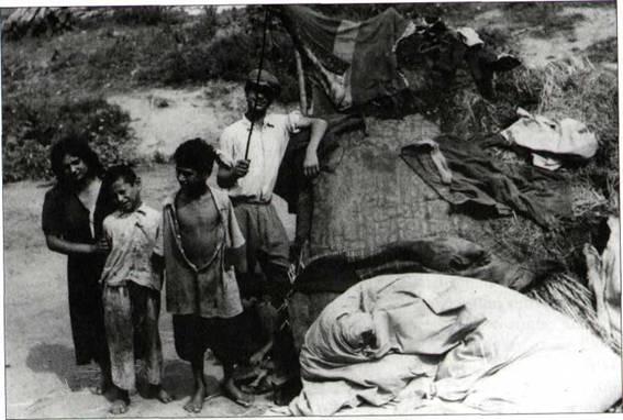 """""""A cigánykérdést a szocialista humanizmusnak megfelelően kell megoldani.""""  – A szektoriális cigánypolitika végrehajtása Borsod-Abaúj-Zemplén megyében az 1950-es években"""