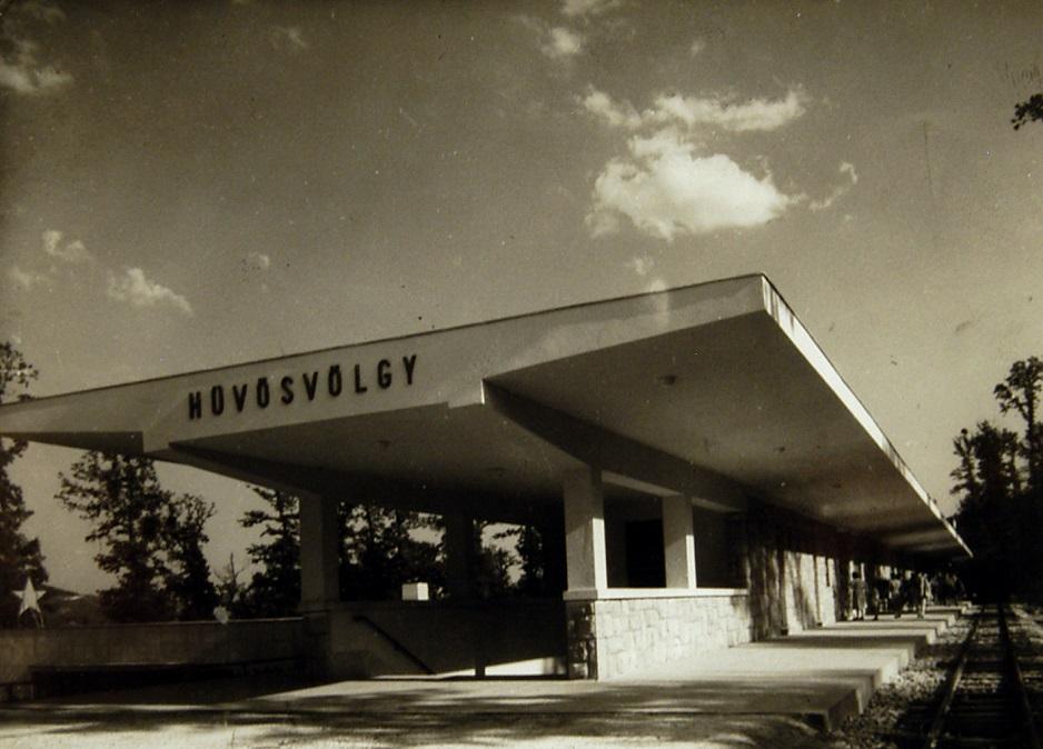 Hűvösvölgy Állomás építés közben 1950. Magyar Műszaki és Közlekedési Múzeum, Történeti Fényképek Gyűjteménye, 7057