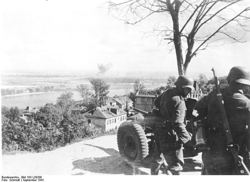 Német Pak 35/36-os a Dnyeper partján Kijevnél, 1941. szeptember. (Bundesarchiv, Bild 183-L29208)