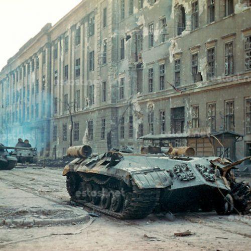 Páncélosok a forradalomban II.