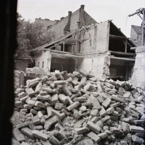 Egy városlakó naplója Budapest ostromáról
