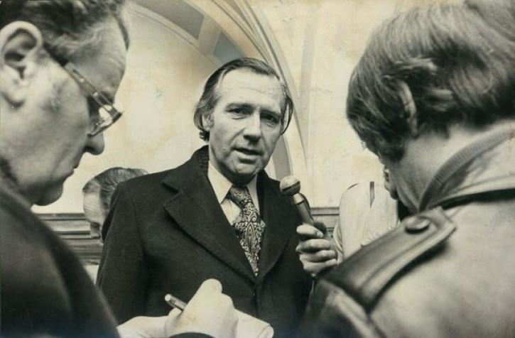 """Őfelsége árulója  – A """"feltámadt"""" angol miniszter, aki Csehszlovákiának kémkedett"""