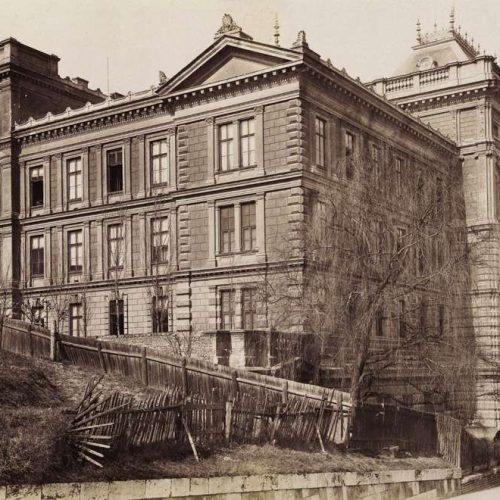 """""""Ez az árulkodás iskolája. A besúgó-líceum."""" Varga Ottó történelemtanár 1899-es ügye"""